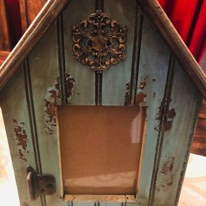 NWOT Distressed Picture Frame